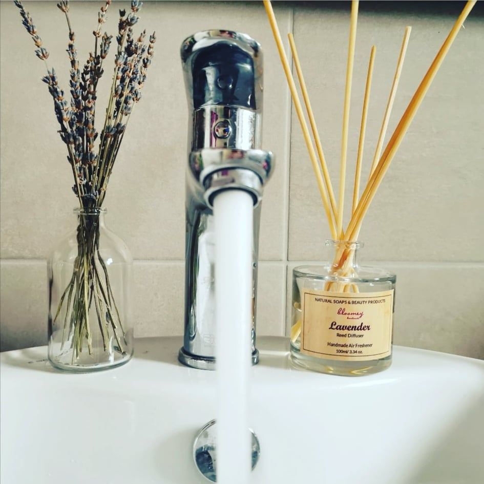 Lavender Reed Diffuser: A minimal decorative way to scent your living room or bathroom