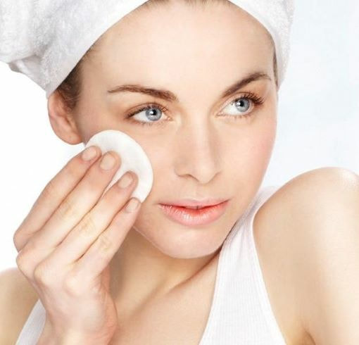 The Benefits of Using Face Toner in Your Skin Care Routine